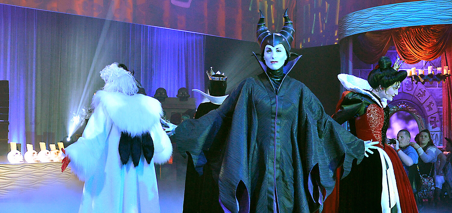 Is club villain worth the price review photo tour living by disney the club villain dining event debuted last night saturday january 16th 2016 at disney worlds hollywood studios park this is a brand new event that m4hsunfo